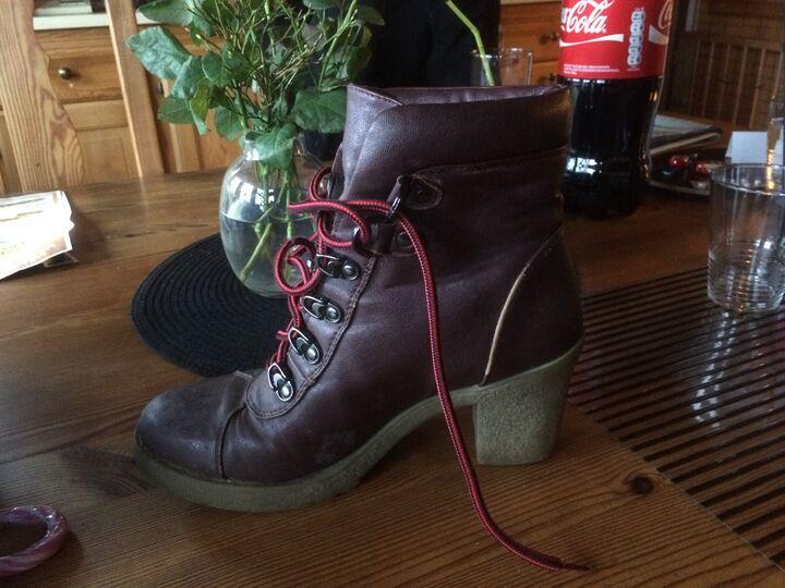 De här skorna har jag på mig idag! | Skor iFokus